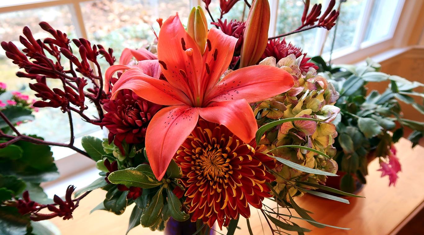 Thanksgiving flowers.jpg