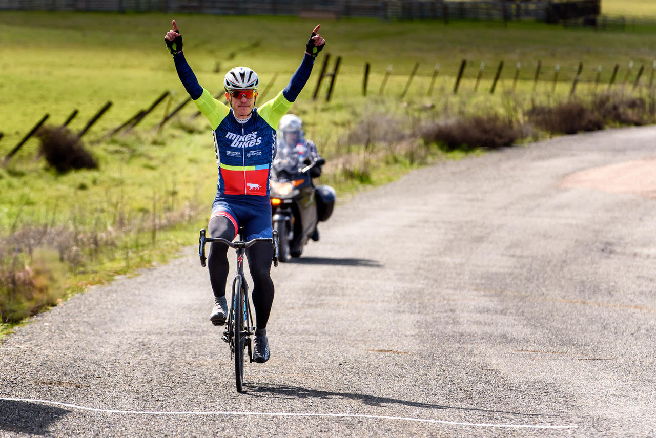 Victory salute by Oliver Ryan, winning the road race of the 2017 Chico Stage M35+ 123 Road Race