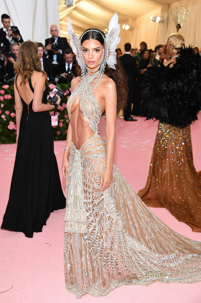 Emily Ratajkowski in Peter Dundas (inspired by Cher)