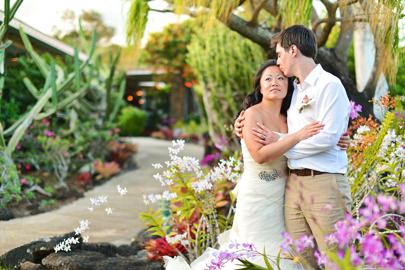 Kauai-Island-Hawaii-wedding-photo-(21).jpg