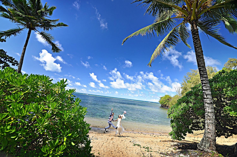 Kauai-Island-Hawaii-wedding-photo-(49).jpg