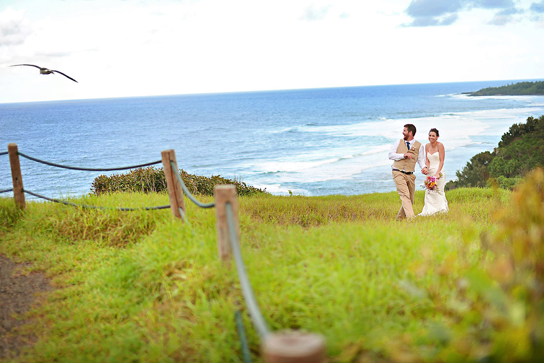 Kauai-Island-Hawaii-wedding-photo-(79).jpg
