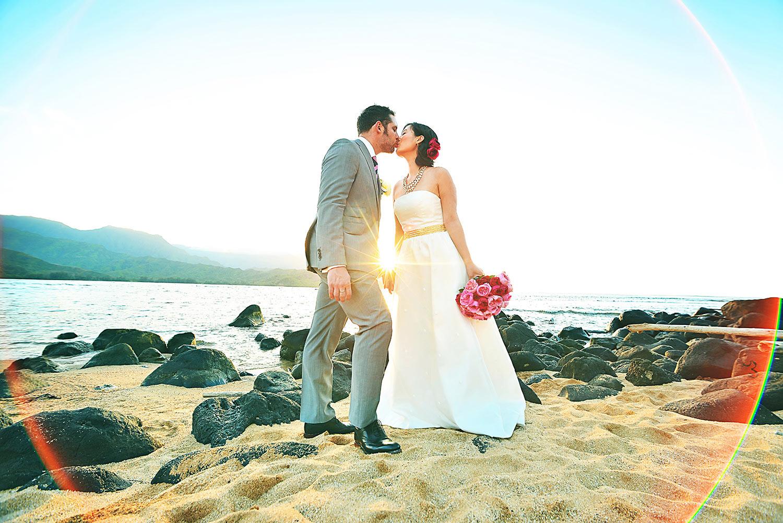 Kauai-Island-Hawaii-wedding-photo-(99).jpg