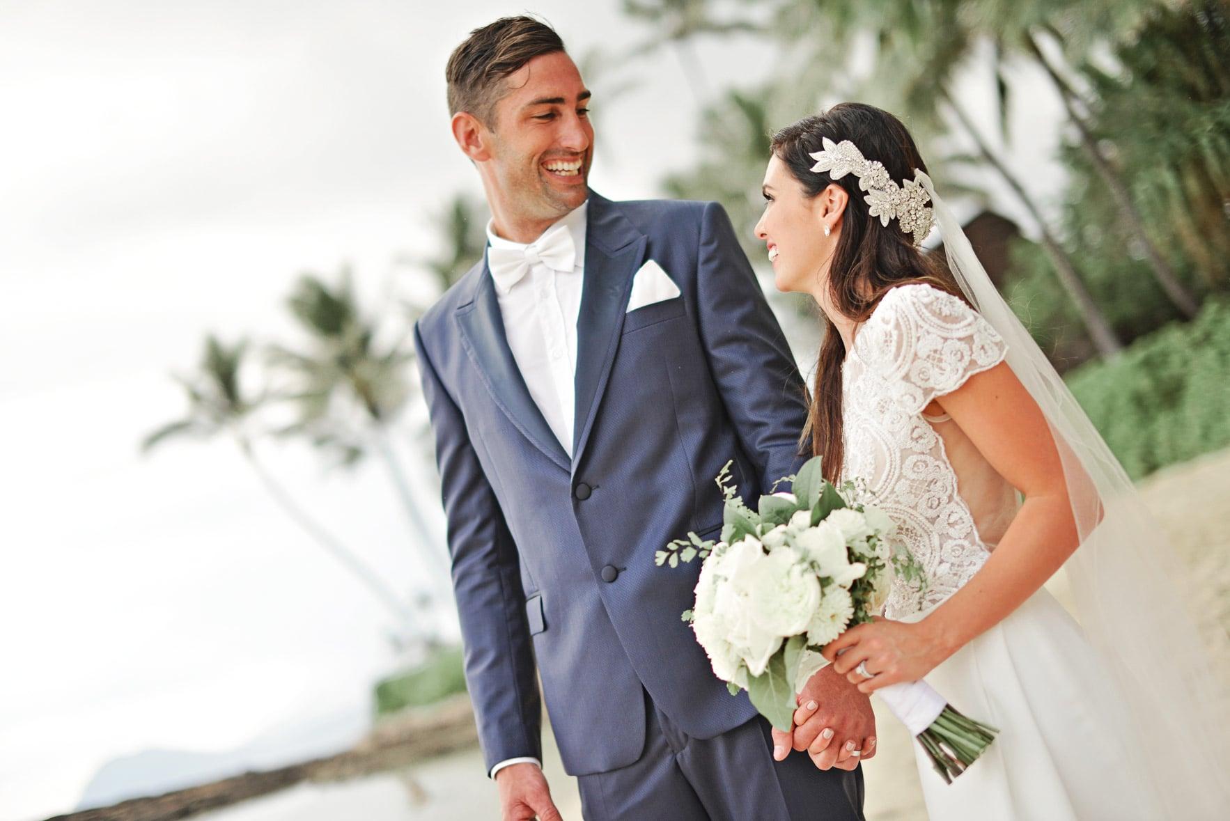 lanikuhonua beach wedding oahu hawaii stephen ludwig029.jpg