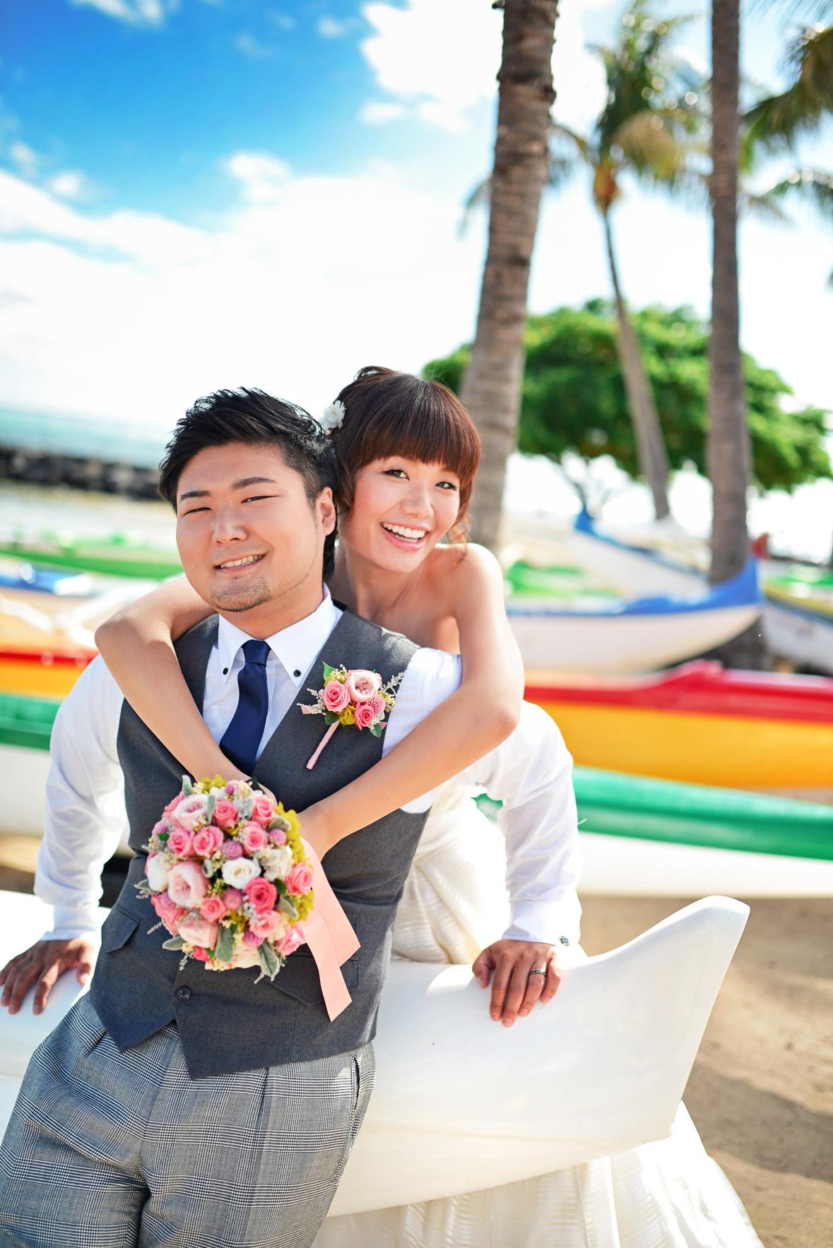 waikiki-beach-wedding-and-downtown-honolulu-hawaii-theater-stephen-ludwig-photography005.jpg