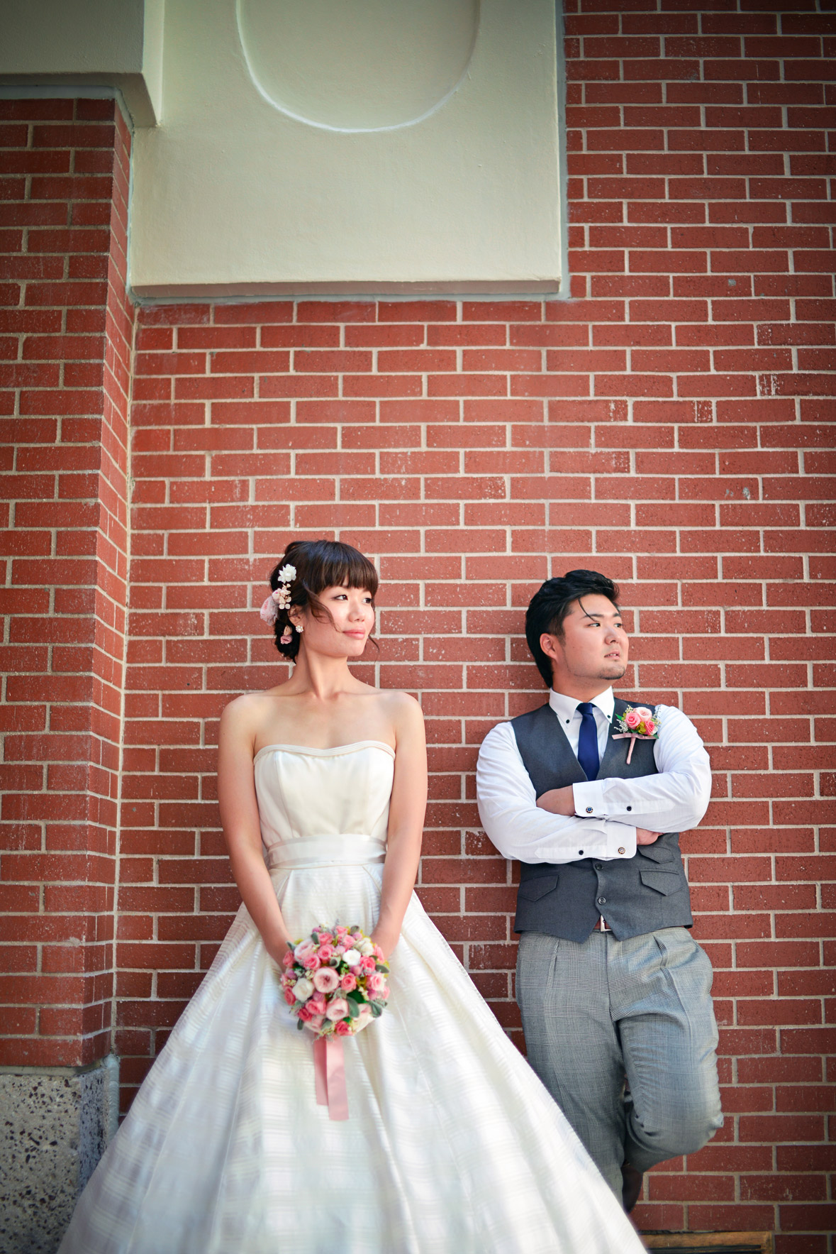waikiki-beach-wedding-and-downtown-honolulu-hawaii-theater-stephen-ludwig-photography041.jpg