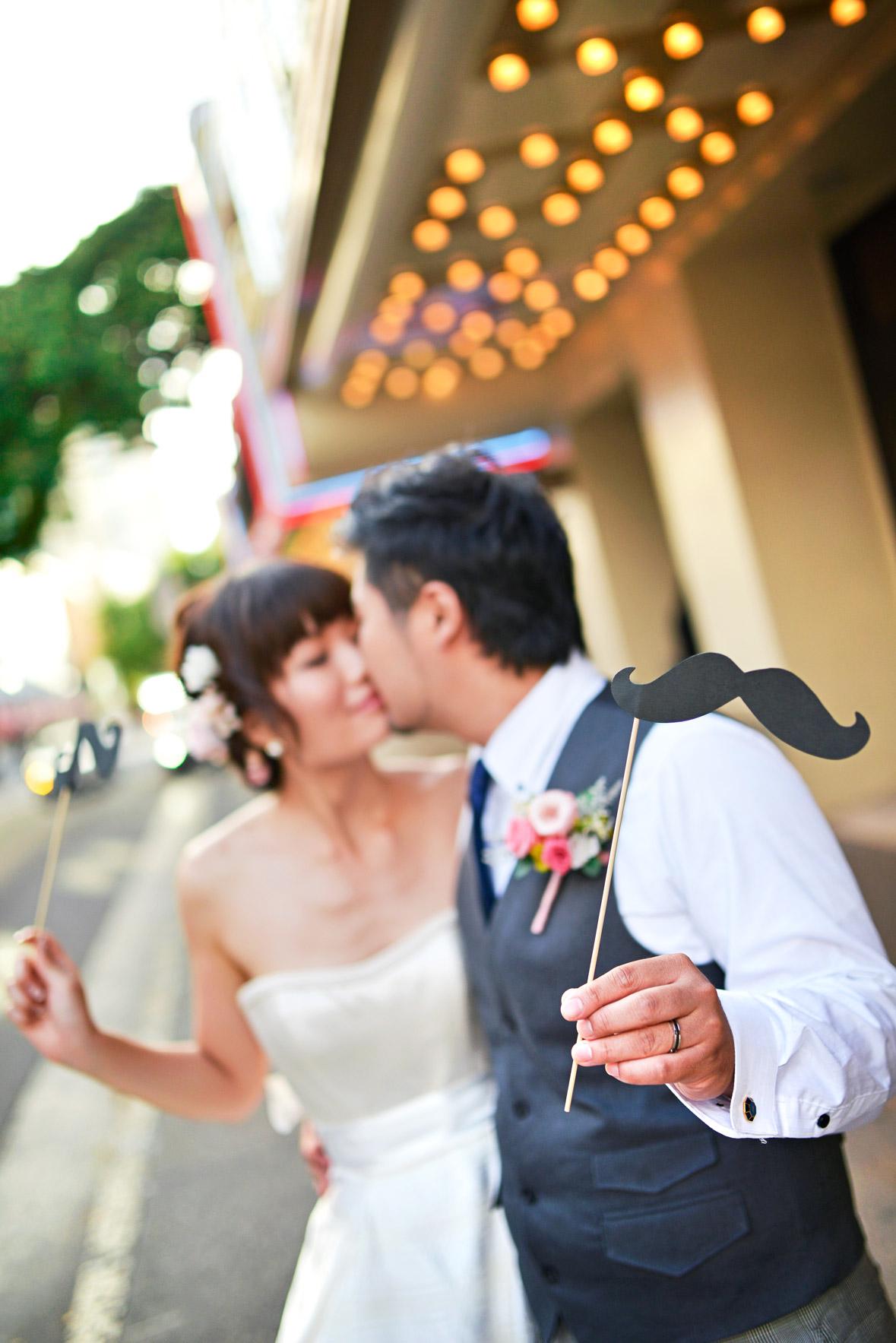 waikiki-beach-wedding-and-downtown-honolulu-hawaii-theater-stephen-ludwig-photography045.jpg