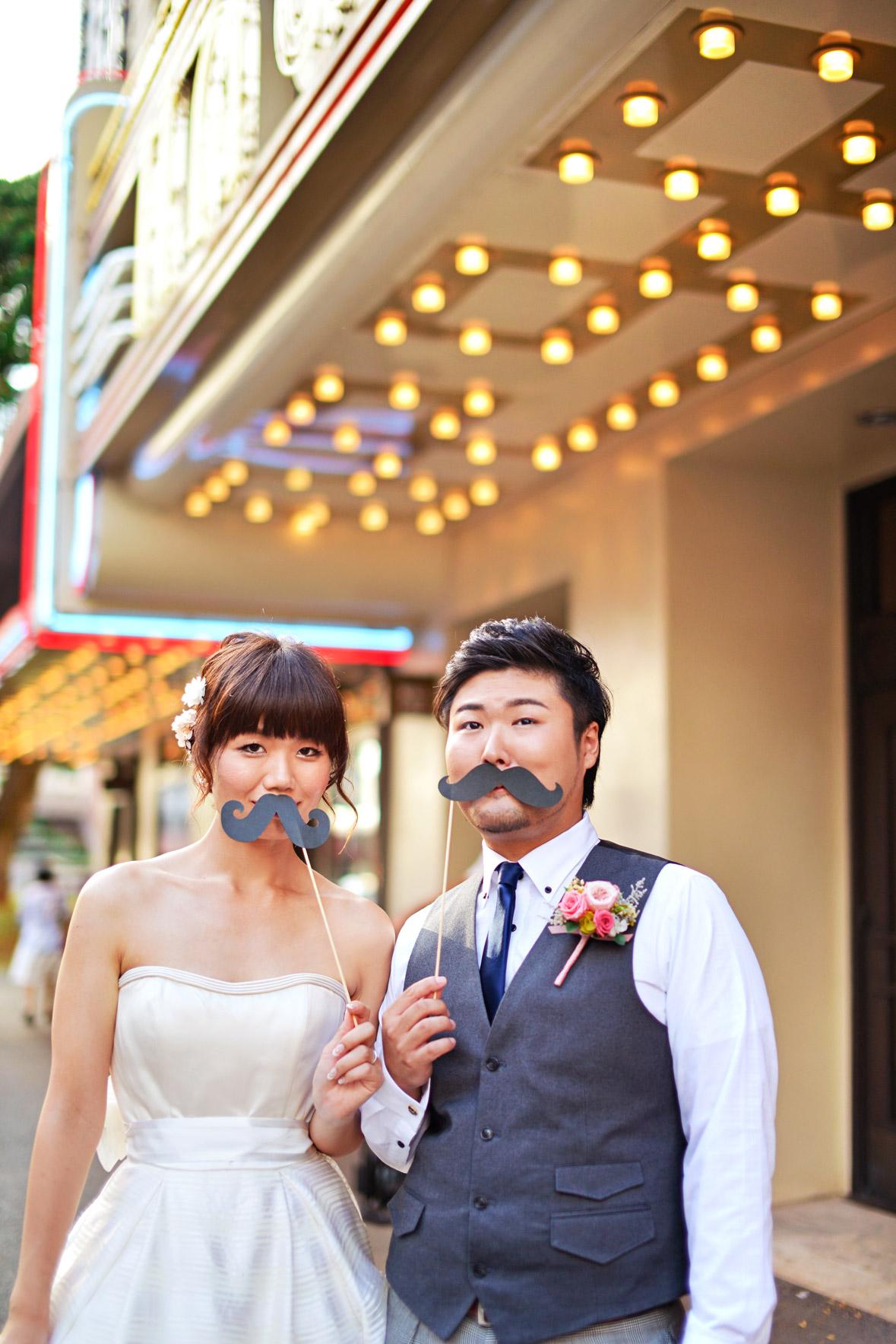 waikiki-beach-wedding-and-downtown-honolulu-hawaii-theater-stephen-ludwig-photography042.jpg