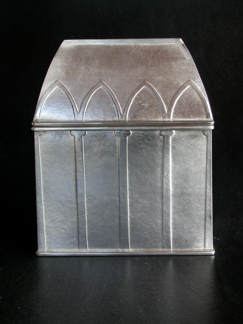 4 Arched Reliquary - Closed