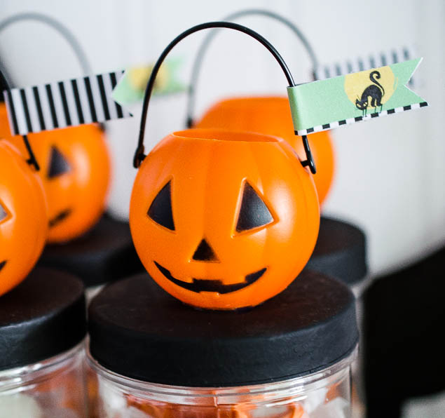 Adorable Halloween Party Favors