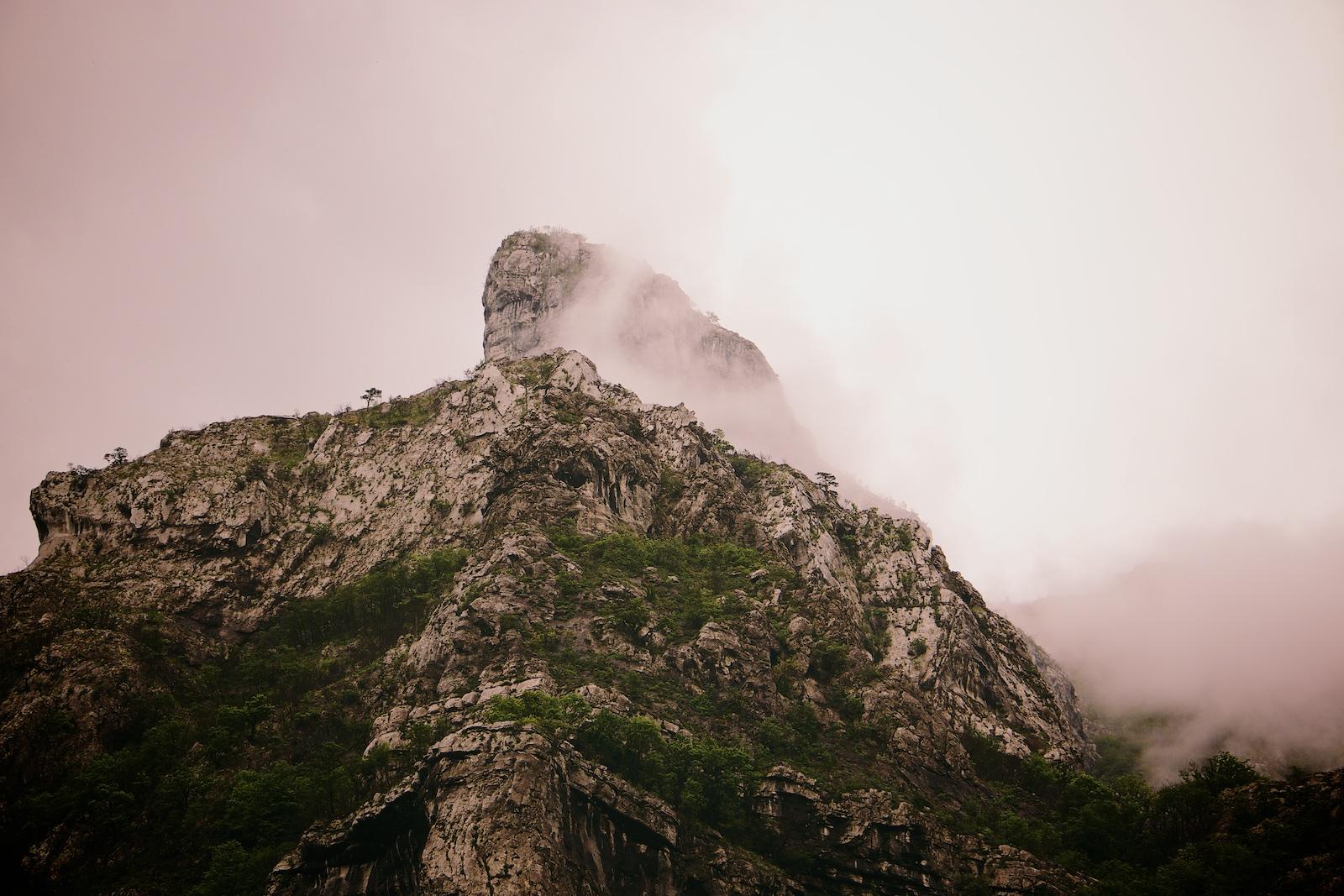 Peaks over Neretva (2014, Denis Bosnic)