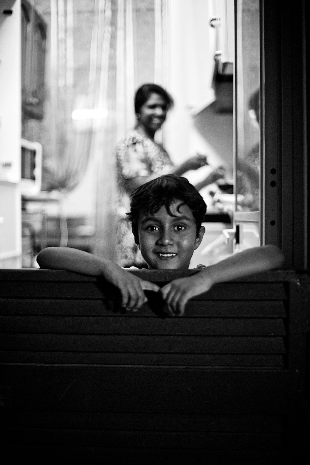 faces-of-napoli-denis-bosnic-photography-naples-bw-spaccanapoli-summer-64.jpg