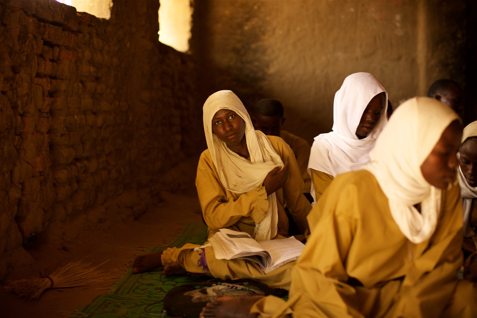 denis-bosnic-chad-school-jrs-jesuit-refugee-service-students-education-mercy-in-motion-6.jpg