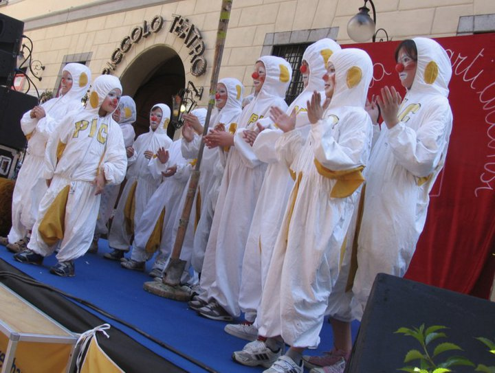 PIC_piccoli 2011_Piccolo Teatro.jpg