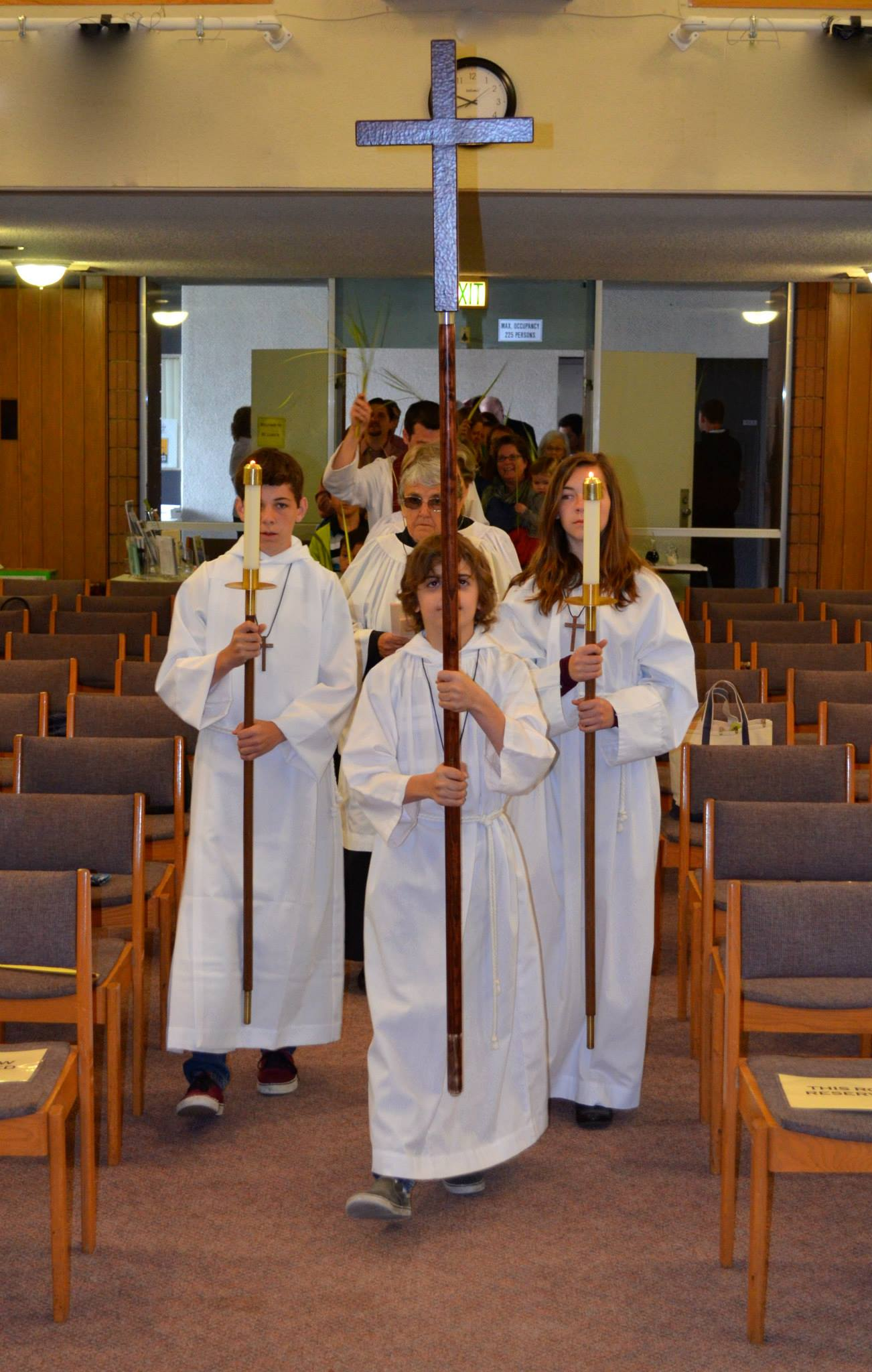 Worship at the Altar2.JPG