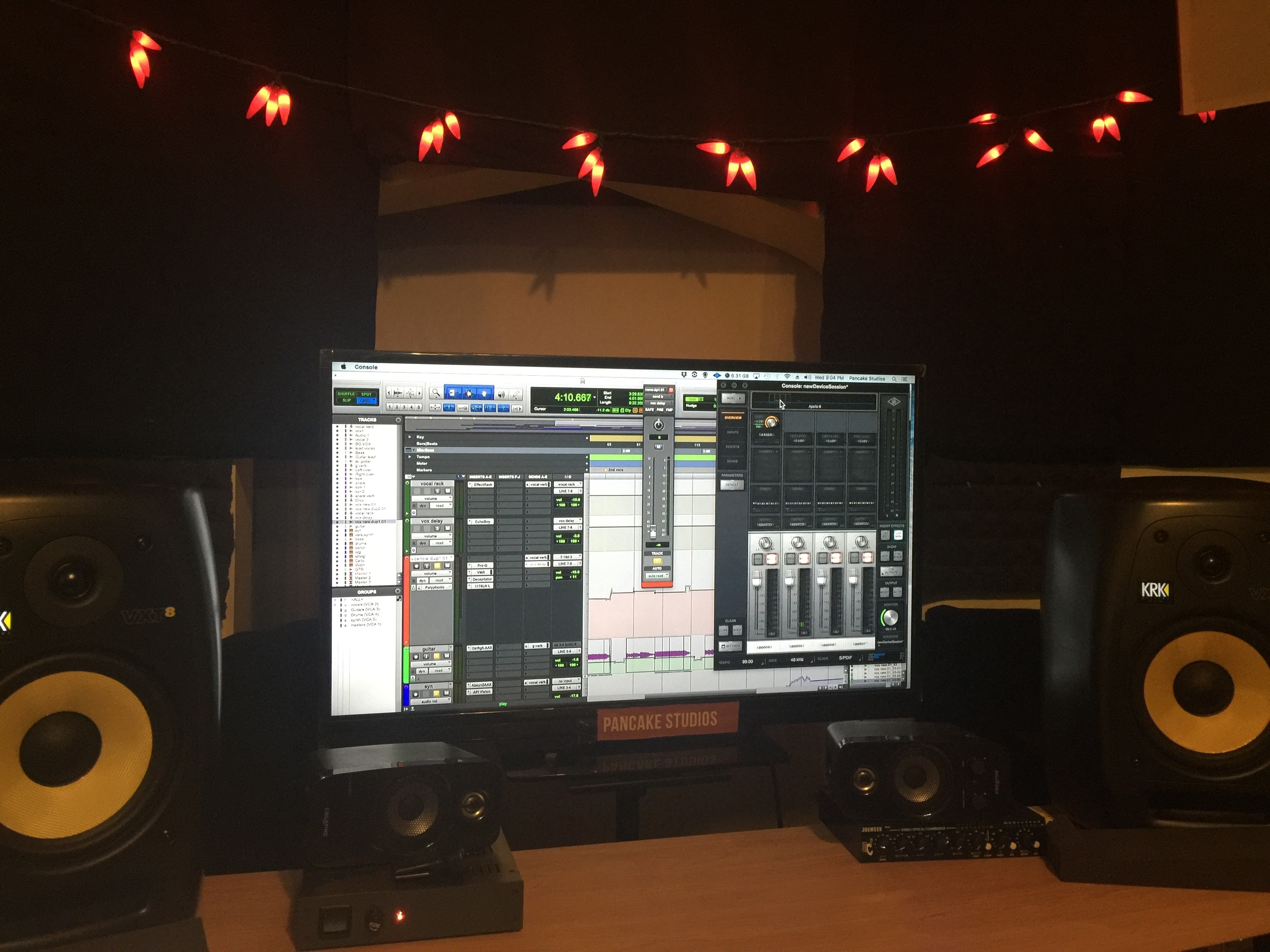 Studio pic 2.jpg