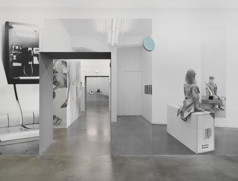 Jonathan Monk  Exhibit Model Four – plus invited guests , Exhibition view KINDL – Centre for Contemporary Art, Berlin (10 March – 21. July 2019); Photo: Jens Ziehe
