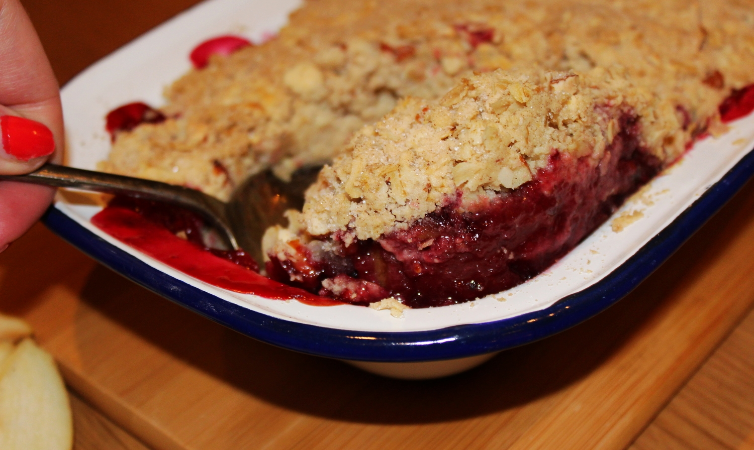 Apple & Berry Crumble