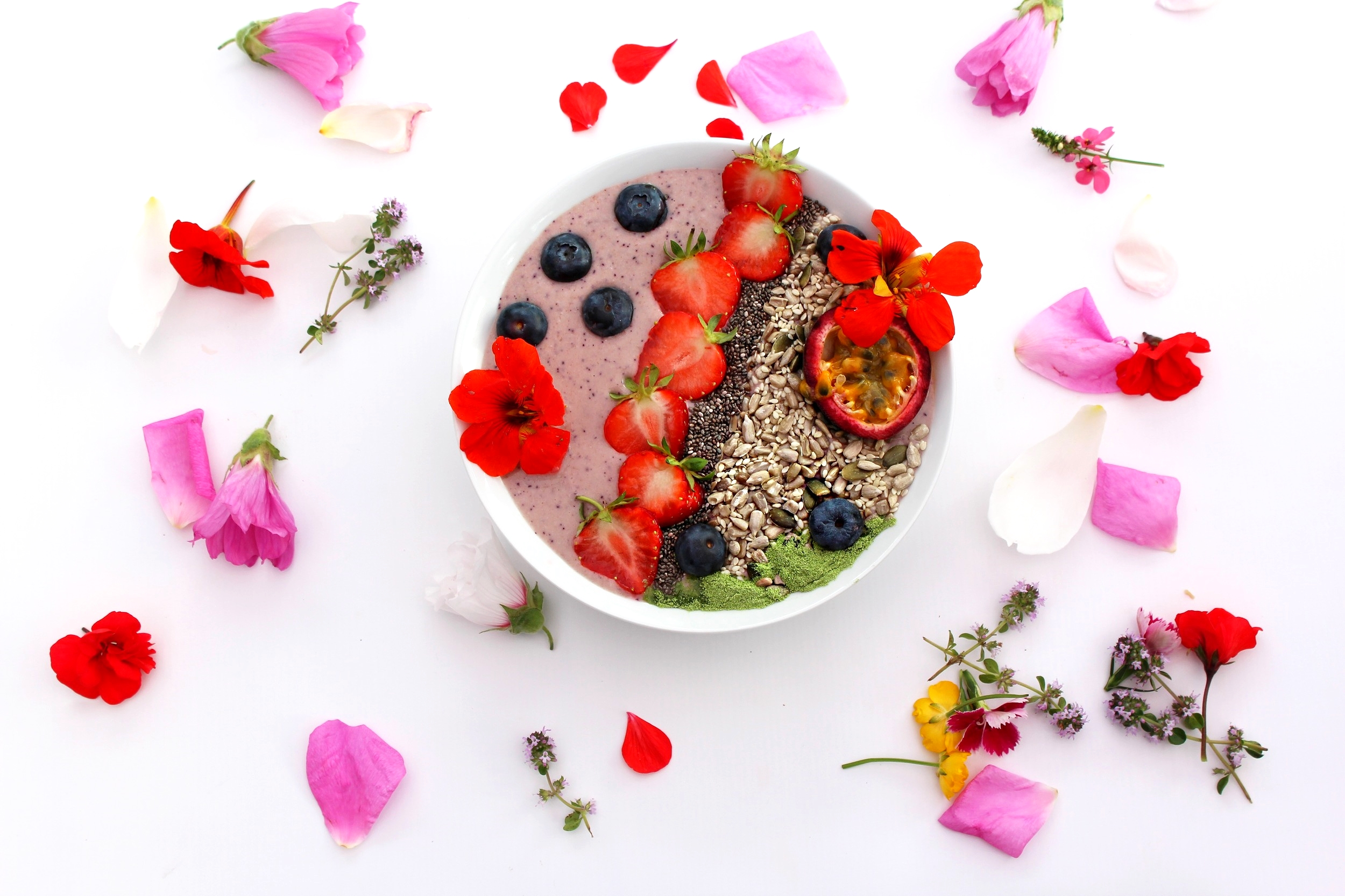 Get-Up-and-Glow Smoothie Bowl
