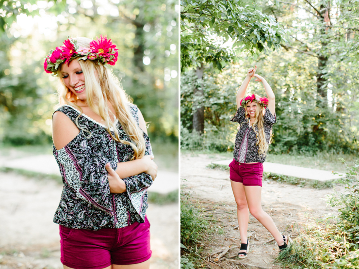 Senior Girl Photography Poses in the Midwest during summer