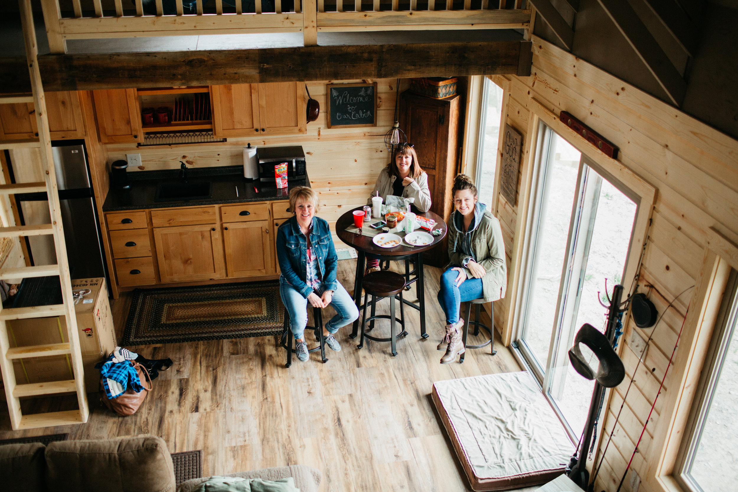 Tiny Homes - Small Cozy Cabin Living Canton Illinois Giant Goose Ranch