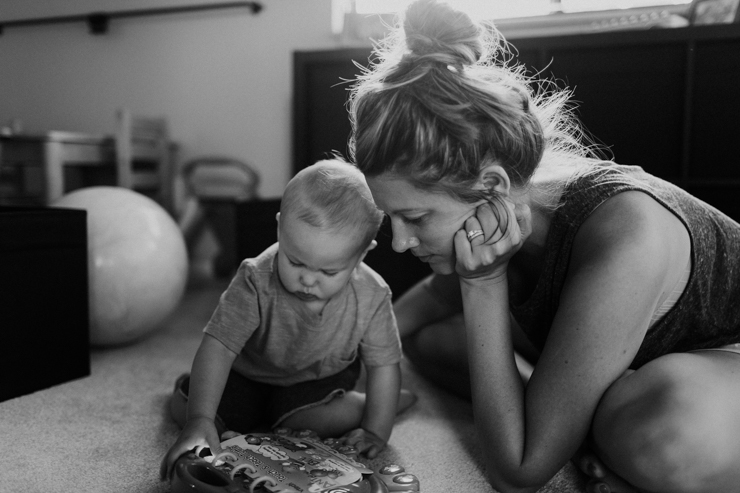 Lifestyle Family Photographer In Colorado mother and son reading a story