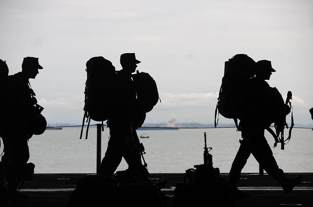 military-men-569899_640.jpg