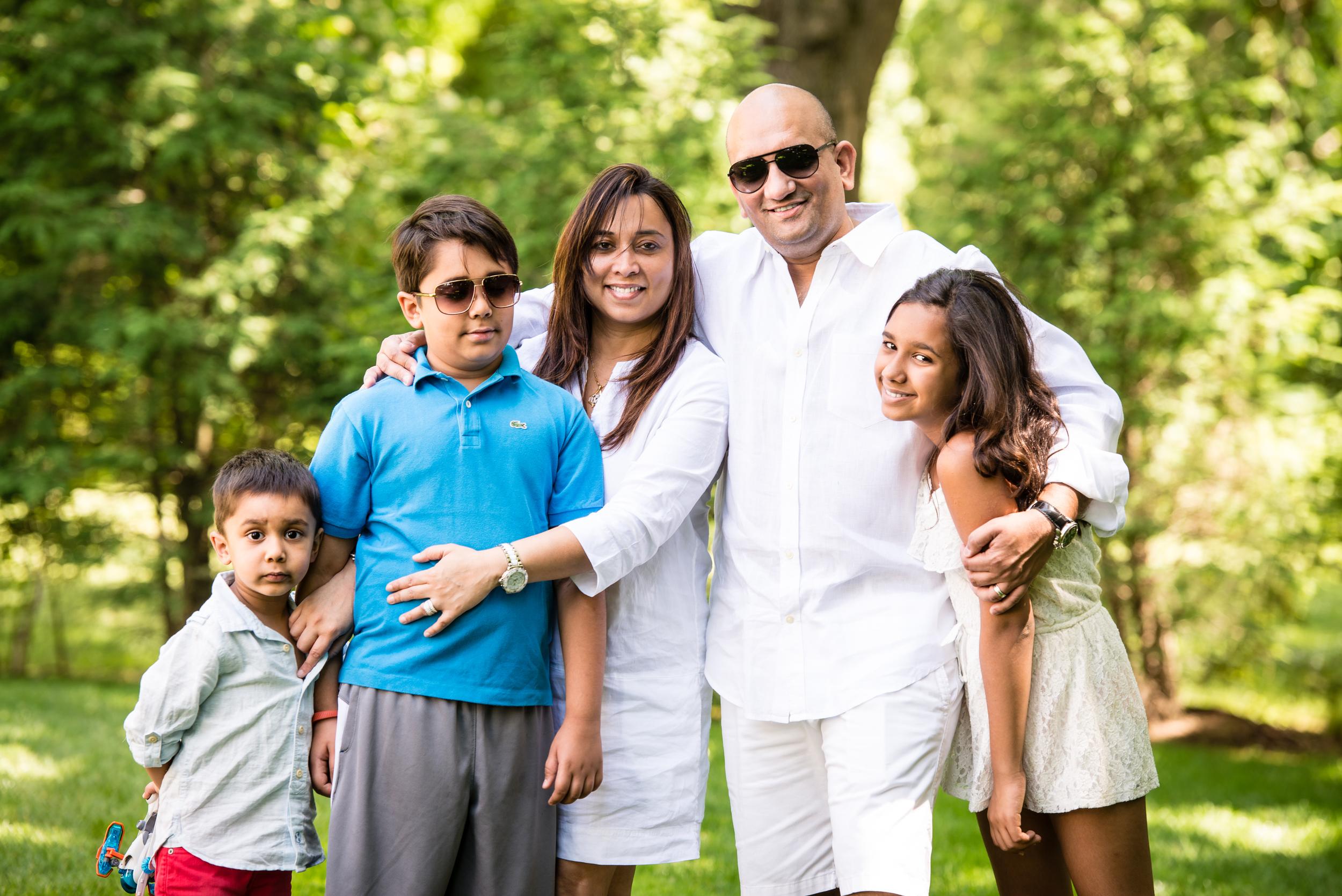 Lakbir-Family-14.jpg