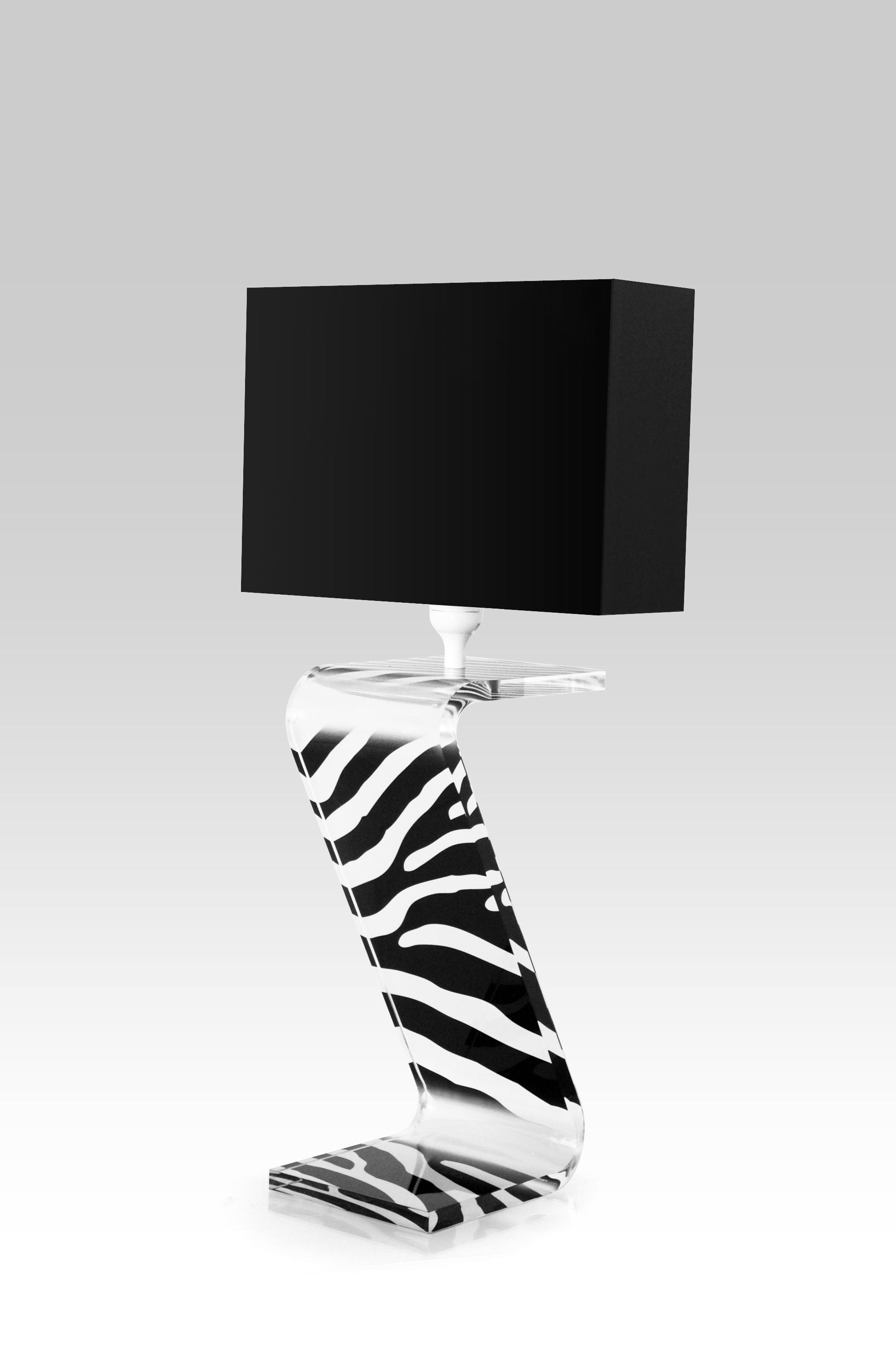 lampe Z zebre abatjour noir.jpg