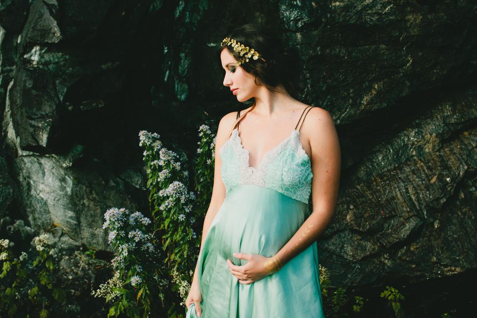 Jackie-maternity-portrait-photographers-7.jpg