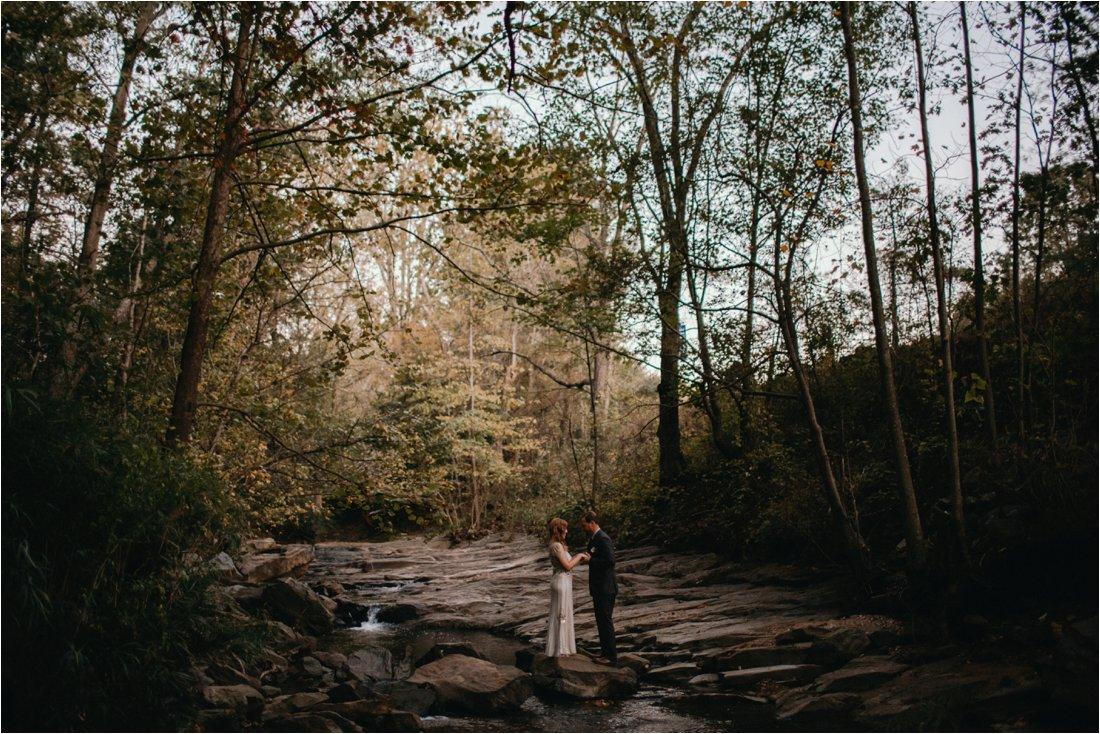 autumn-asheville-botanical-gardens-elopement_0036.jpg