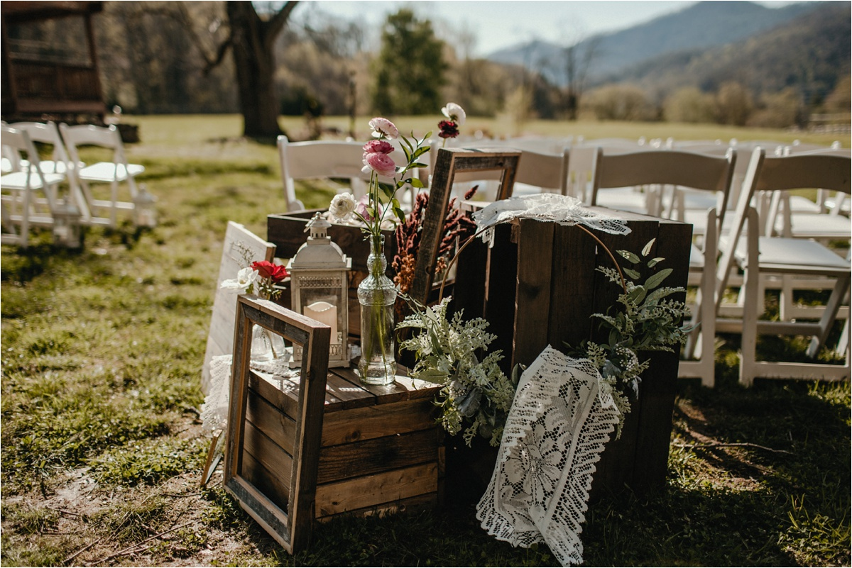 fields-blackberry-cove-spring-wnc-asheville-wedding_0020.jpg