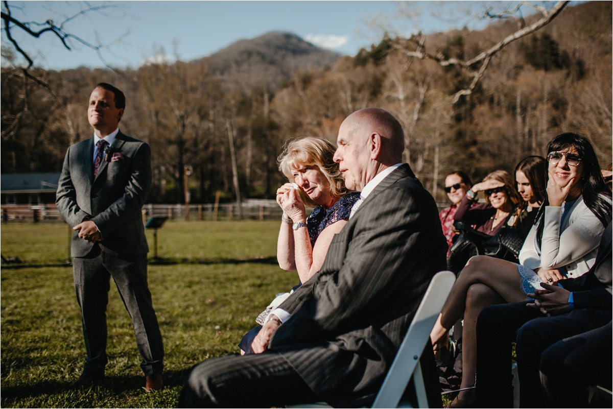 fields-blackberry-cove-spring-wnc-asheville-wedding_0037.jpg