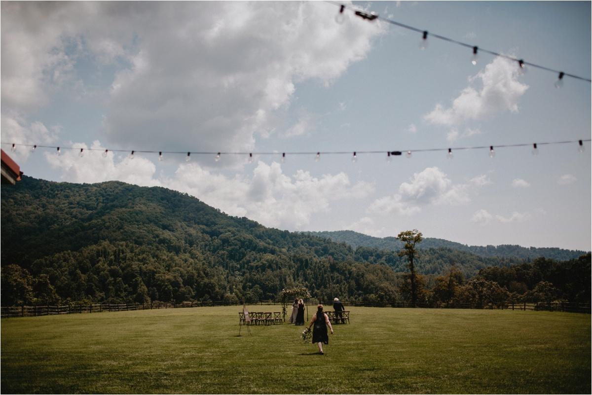 claxton-farm-summer-intimate-wedding-asheville_0031.jpg