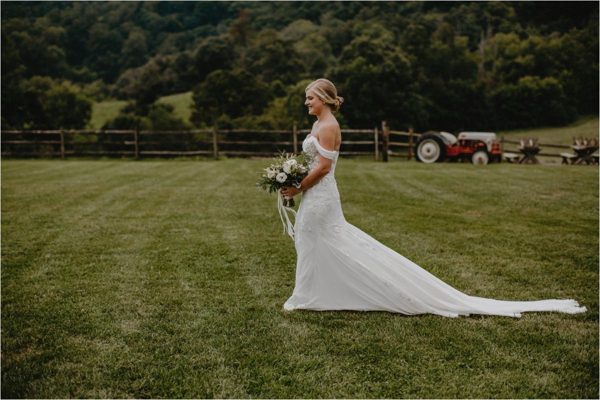 claxton-farm-summer-intimate-wedding-asheville_0038.jpg