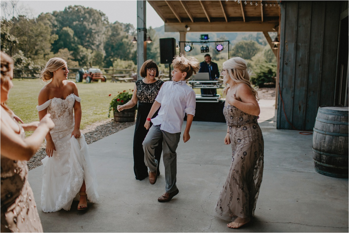 claxton-farm-summer-intimate-wedding-asheville_0075.jpg