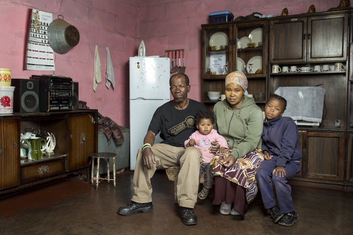 Zimoshile Bozo with his sister Zoleka and her children Avethanda & Amahle, in the home they share.