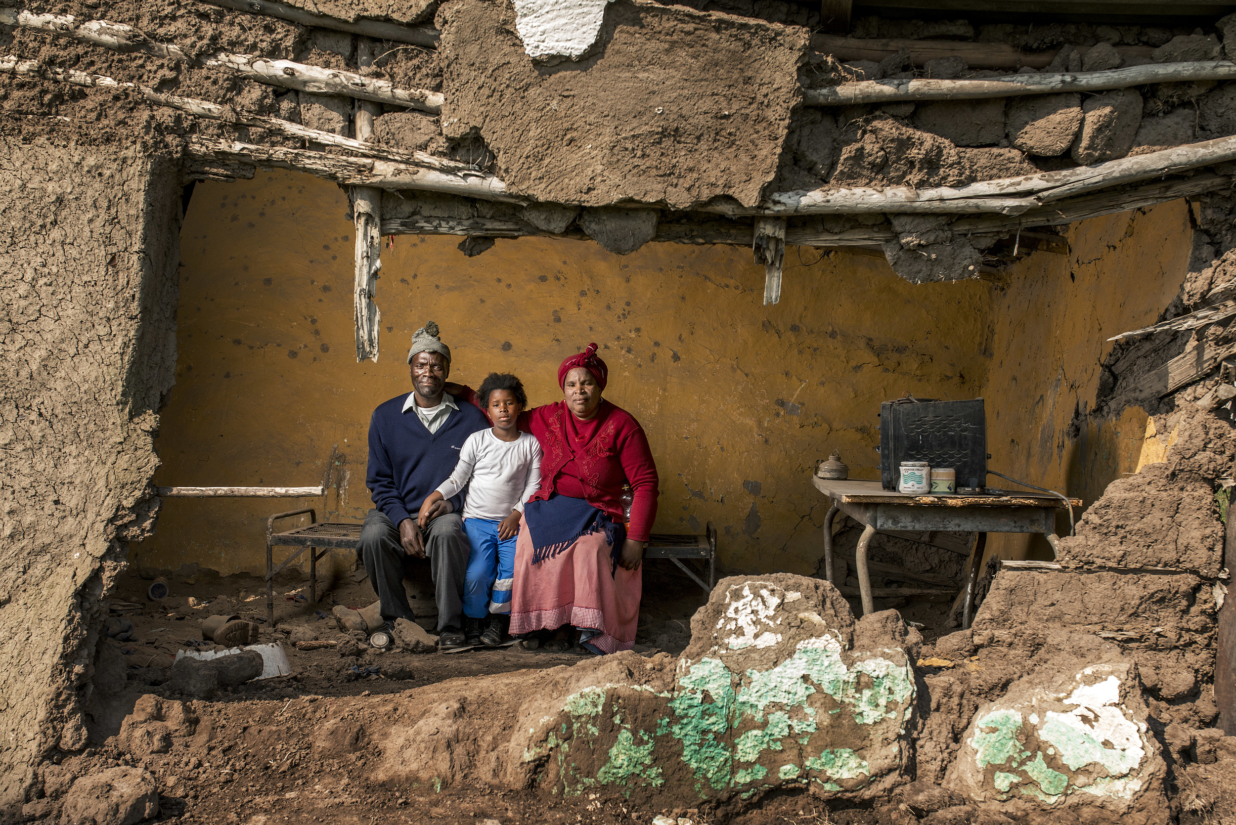 Mncedisi Dlisani with his wife Nokwakha and their daughter Sisipho.