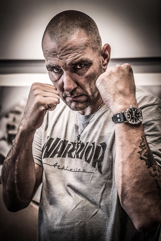 Vinnie Jones boxer.jpg