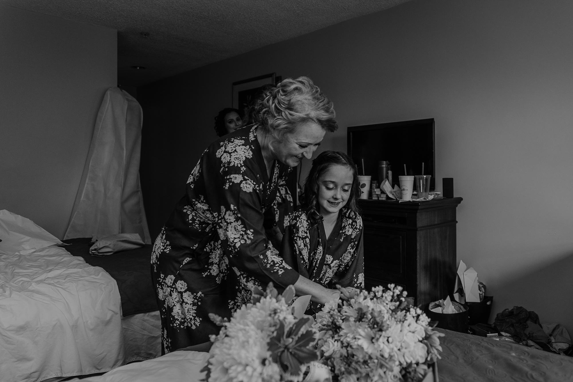 013-annapolis_courthouse_wedding.jpg