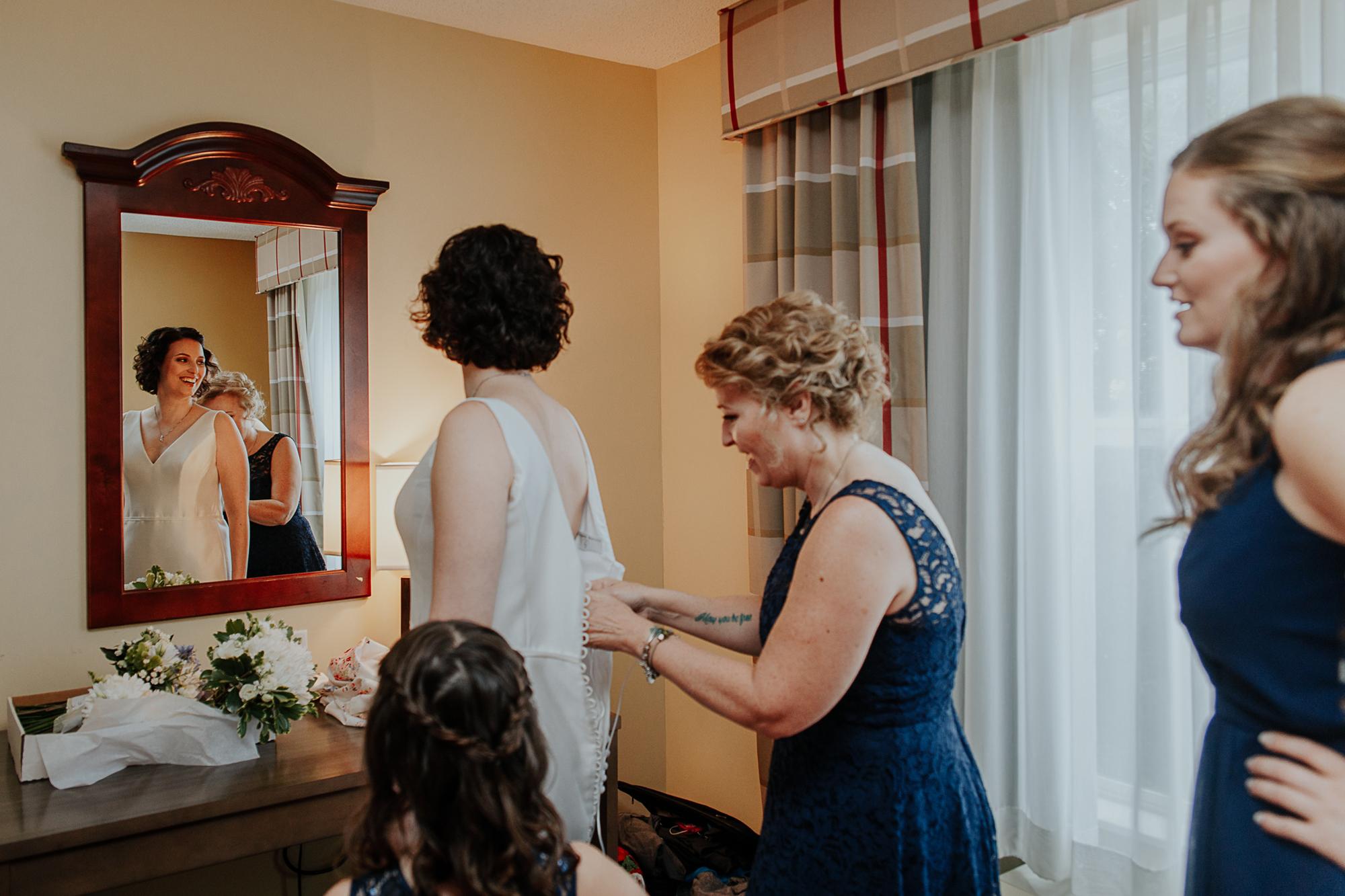 020-annapolis_courthouse_wedding.jpg