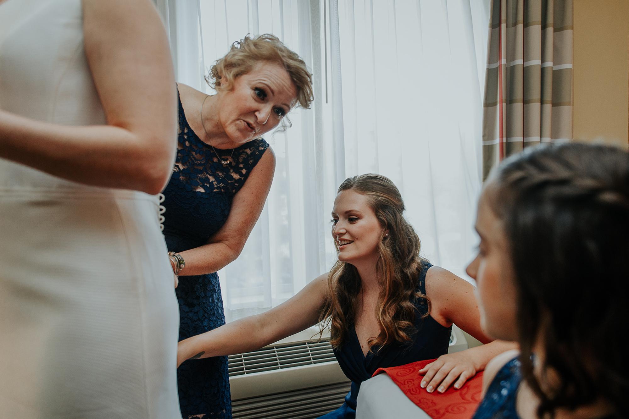024-annapolis_courthouse_wedding.jpg