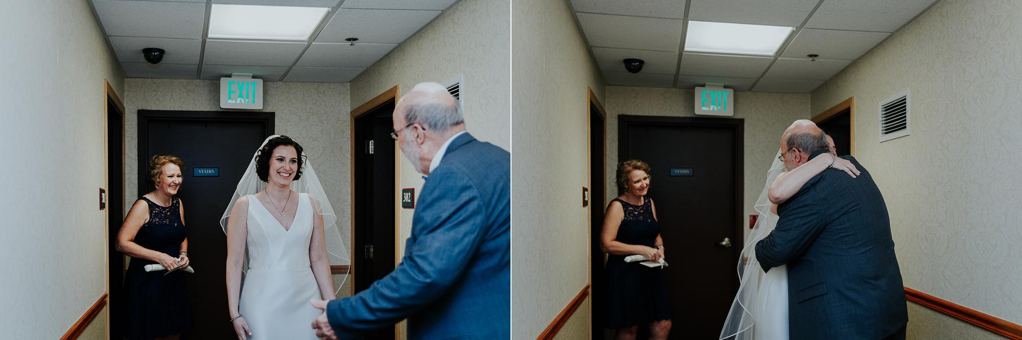 028-annapolis_courthouse_wedding.jpg