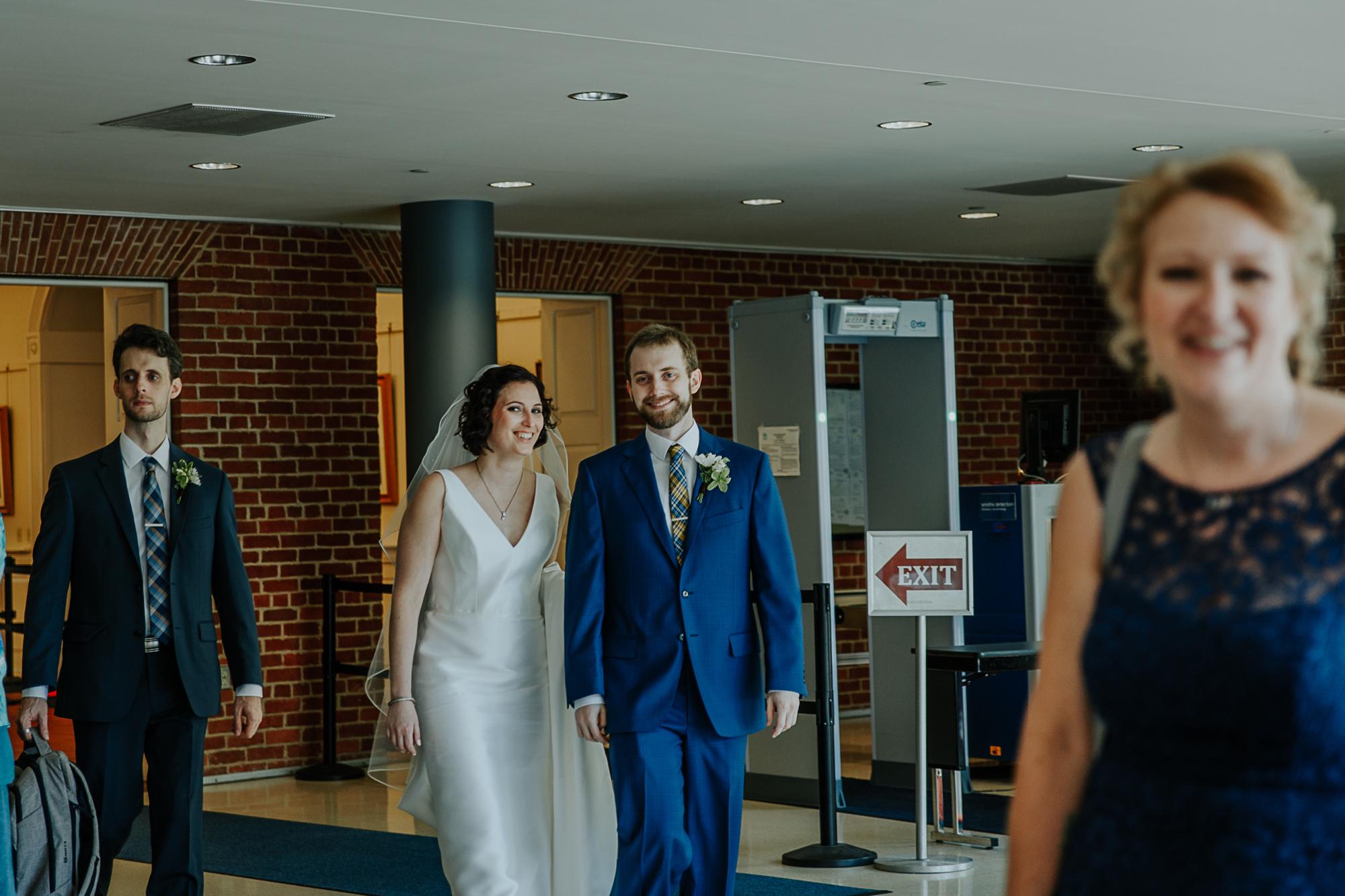 036-annapolis_courthouse_wedding.jpg