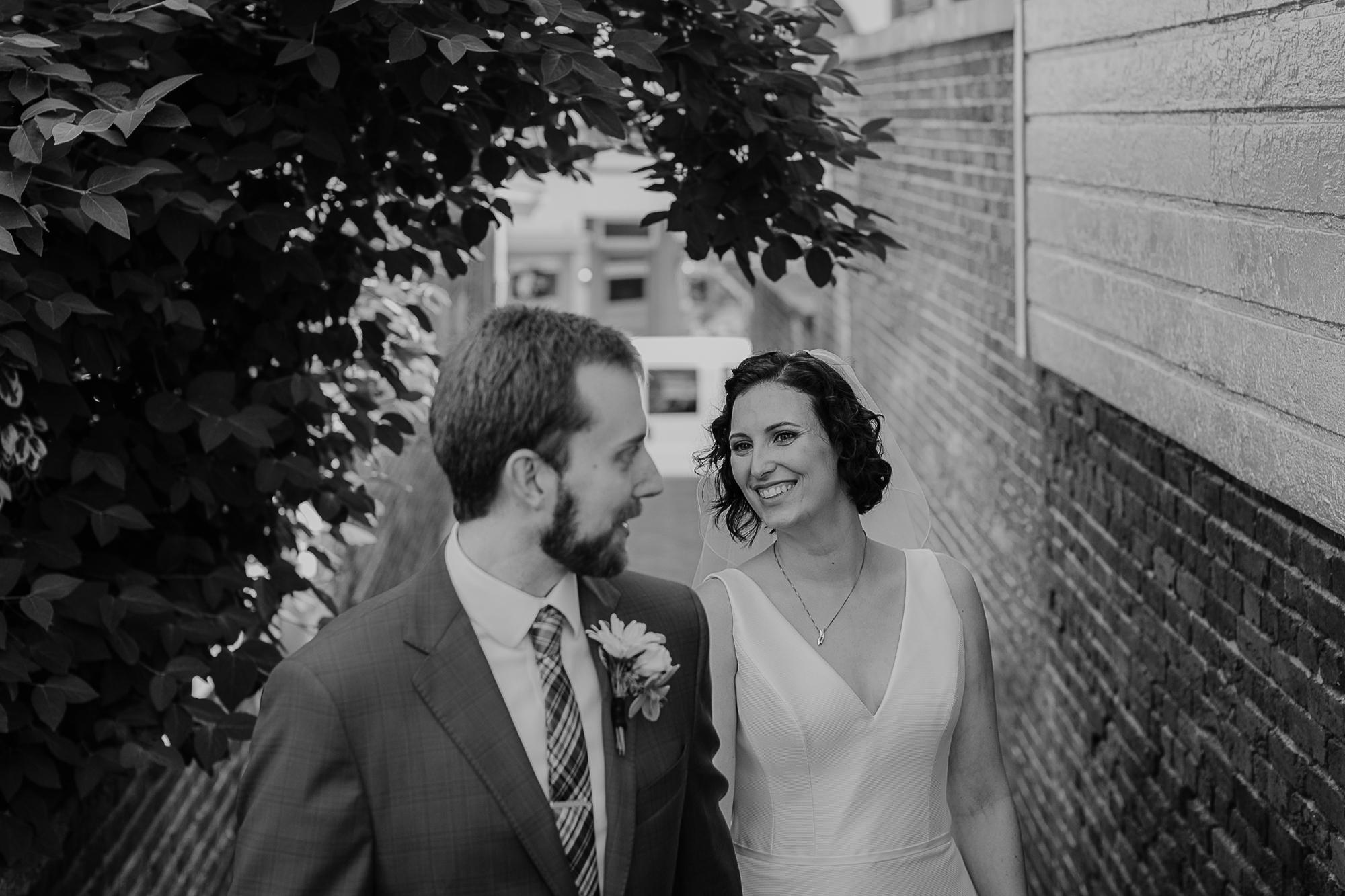 066-annapolis_courthouse_wedding.jpg