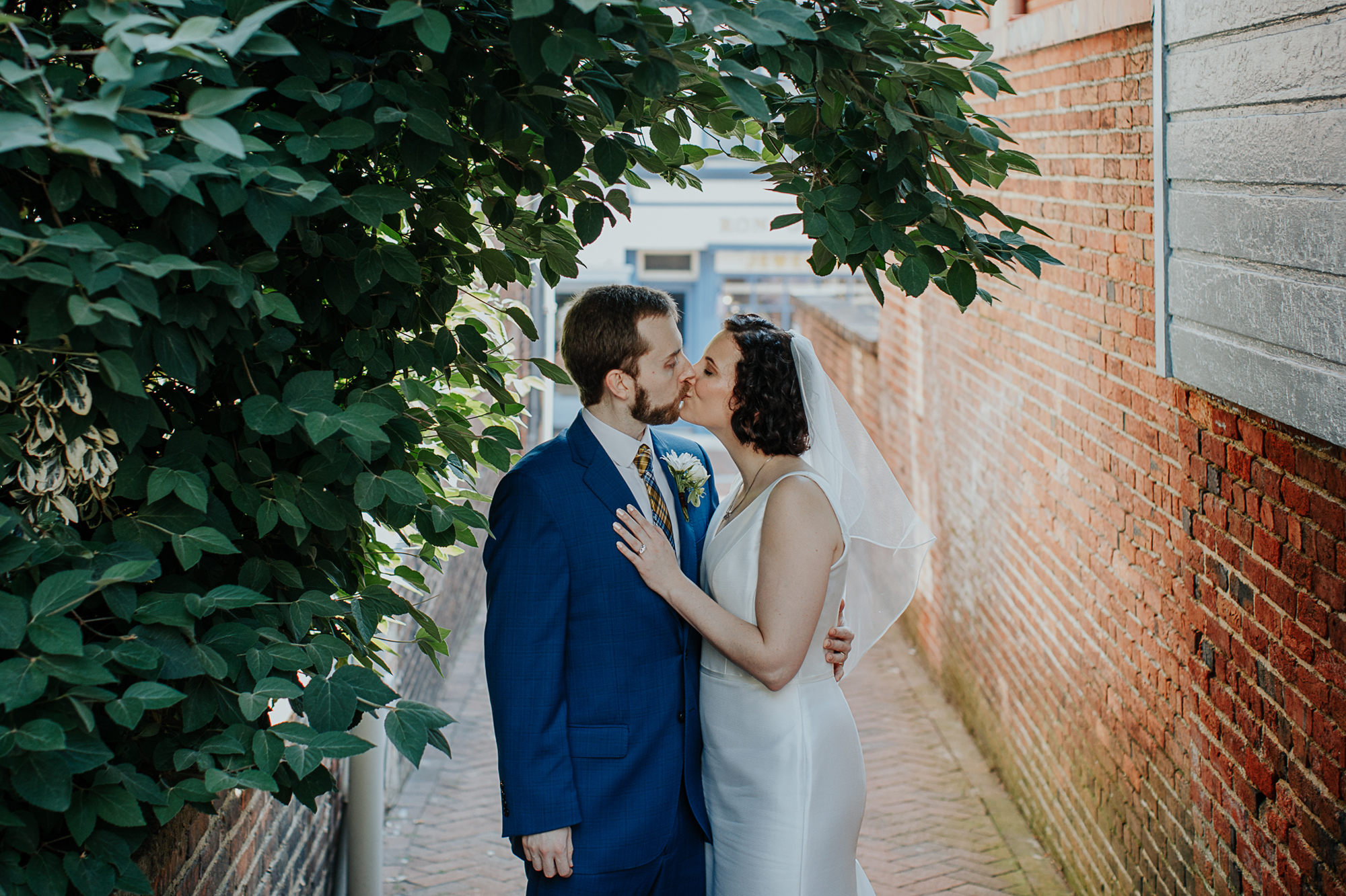 068-annapolis_courthouse_wedding.jpg