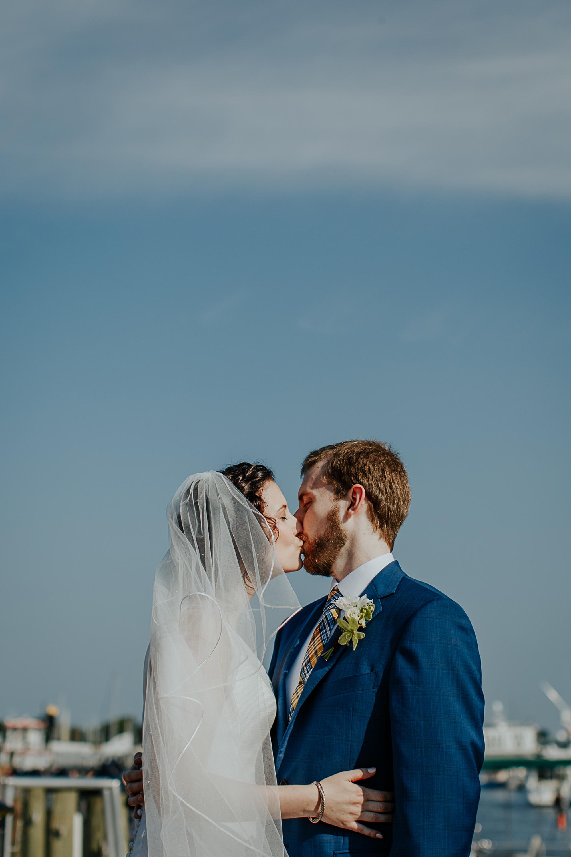 071-annapolis_courthouse_wedding.jpg