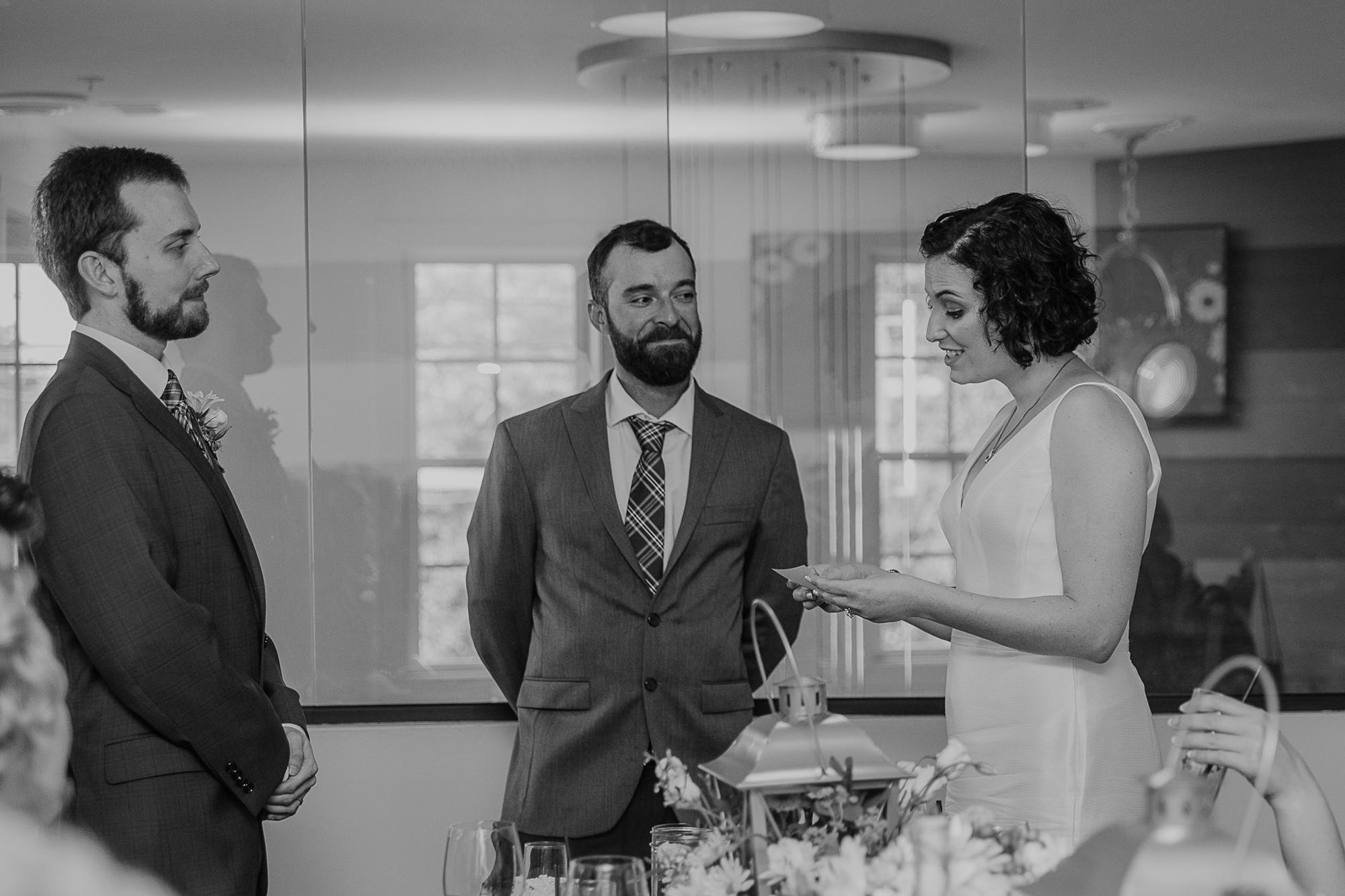 079-annapolis_courthouse_wedding.jpg