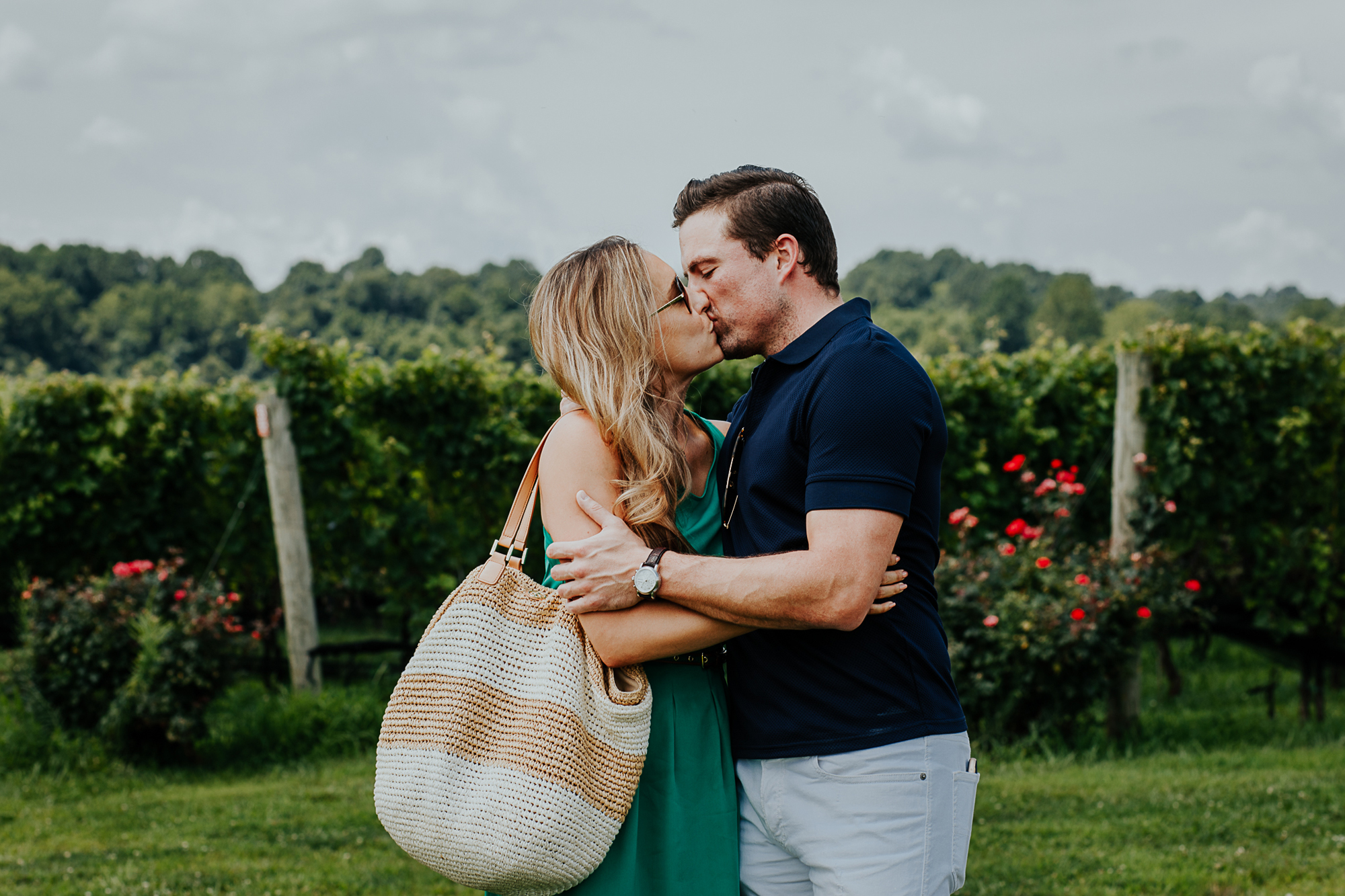 012-stone_bridge_winery_engagement_proposal.jpg