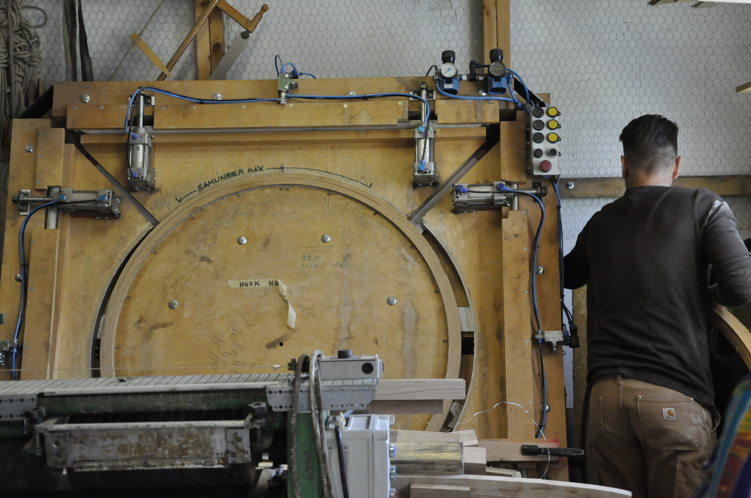 PP laminating large ring.JPG